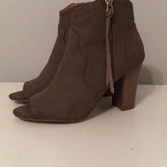 XOXO Shoes - Women's booties